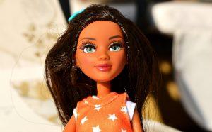 poupée cheveux longs